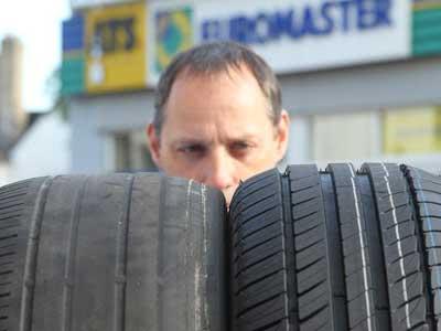 Sjeté pneu versus nové pneumatiky