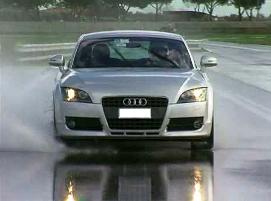 Test letních pneumatik na mokru Autobild 2014