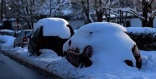 Zasněžená auta