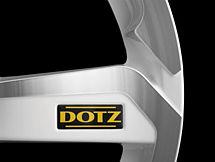 Dotz Hanzo white 8,5x18 5x100 ET32 Leštěná čelní plocha / Bílý lak